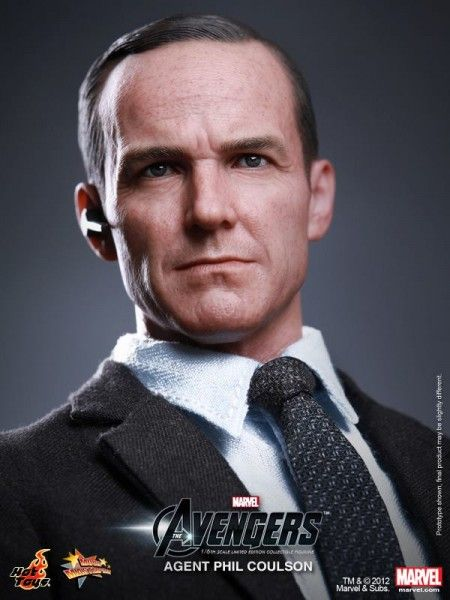 the-avengers-phil-coulson-hot-toys