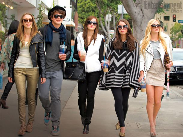 the bling ring images featuring emma watson collider The Bling Ring Official Trailer 2013 Emma Watson Movie [HD] 610x458
