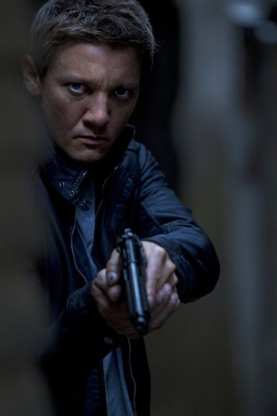 the-bourne-legacy-jeremy-renner-movie-image