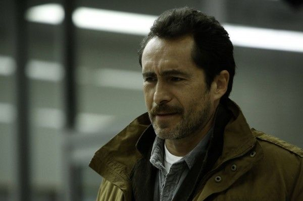 the-bridge-demian-bichir