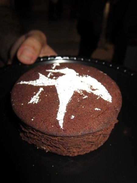 hunger-games-mockingjay-the-capitol-gallery-sdcc-brownie