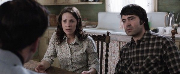 the-conjuring-lili-taylor-ron-livingston-2