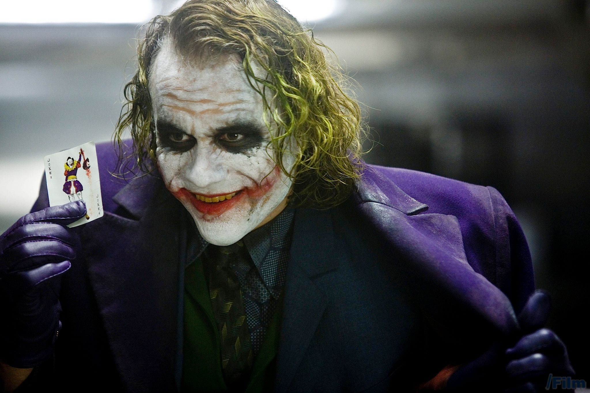 watch why heath ledger s joker is the perfect villain collider the dark knight heath ledger