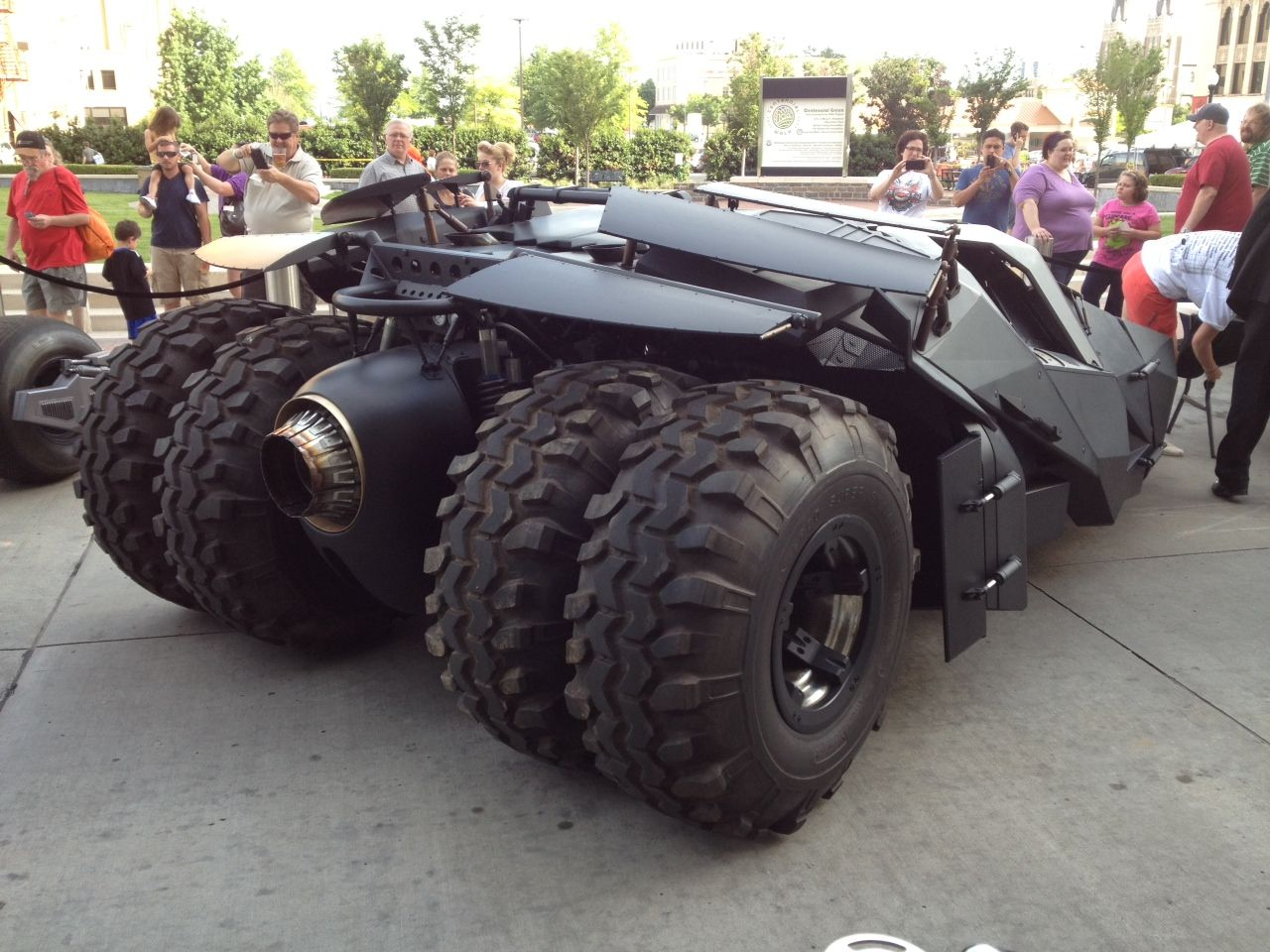 THE DARK KNIGHT RISES Tumbler and Bat-Pod Images | Collider