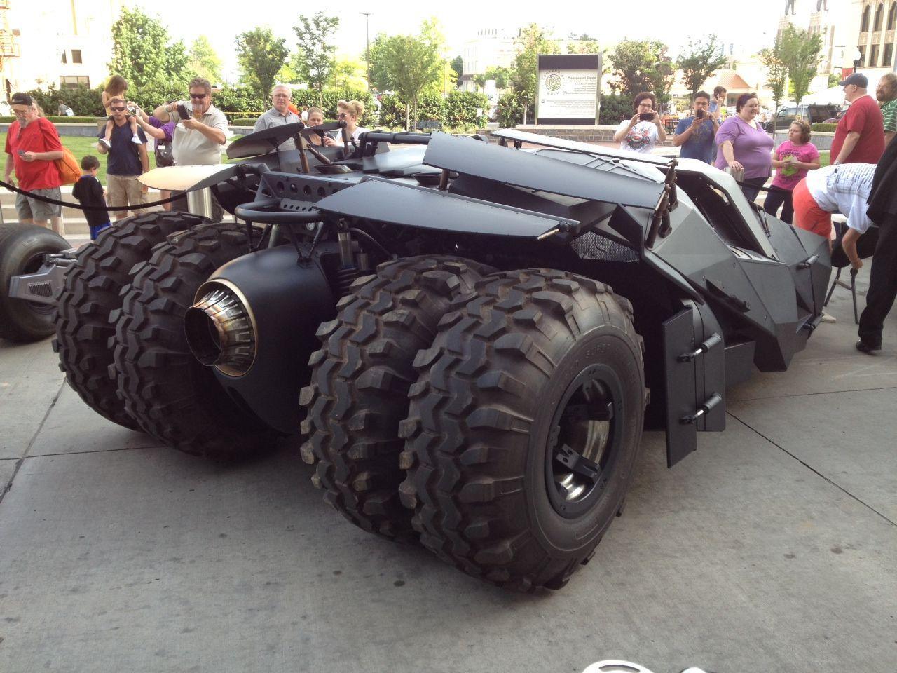 THE DARK KNIGHT RISES Tumbler and Bat-Pod Images | Collider
