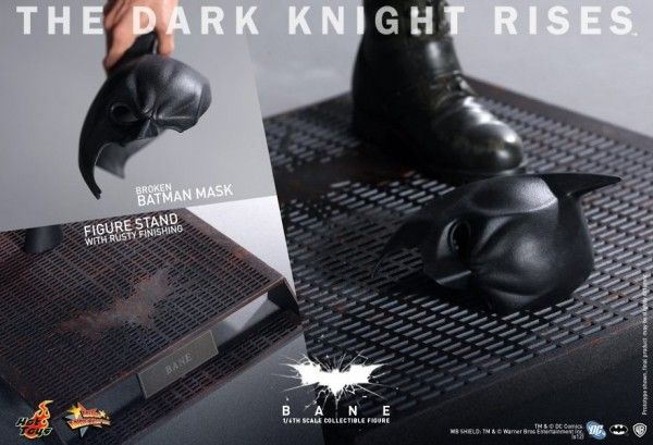 the-dark-knight-rises-hot-toys-bane-batman-mask