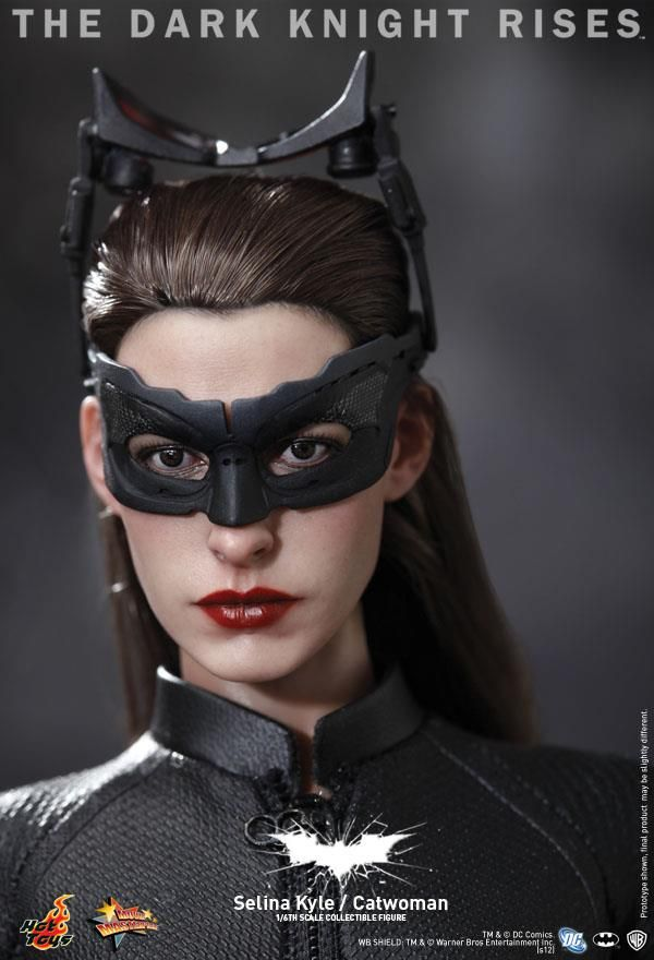 Hot Toys Catwoman Figure from THE DARK KNIGHT RISES | Collider