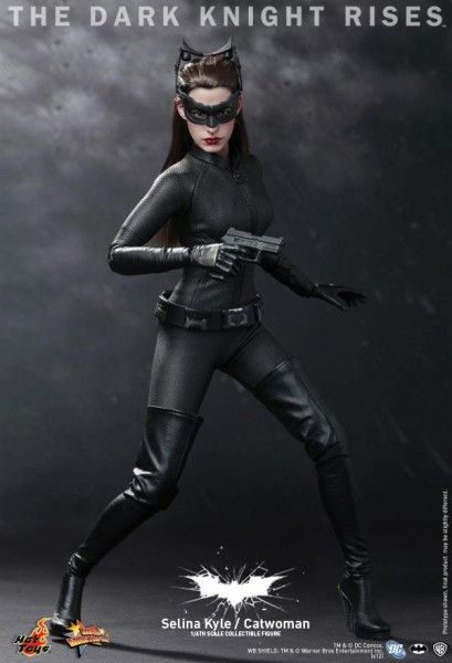 the-dark-knight-rises-selina-kyle-hot-toys