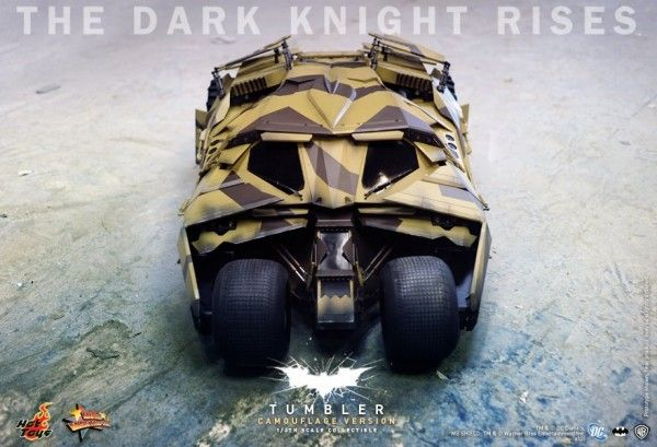 the-dark-knight-rises-tumbler-hot-toys