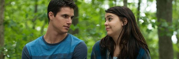 the-duff-mae-whitman-robbie-amell-slice