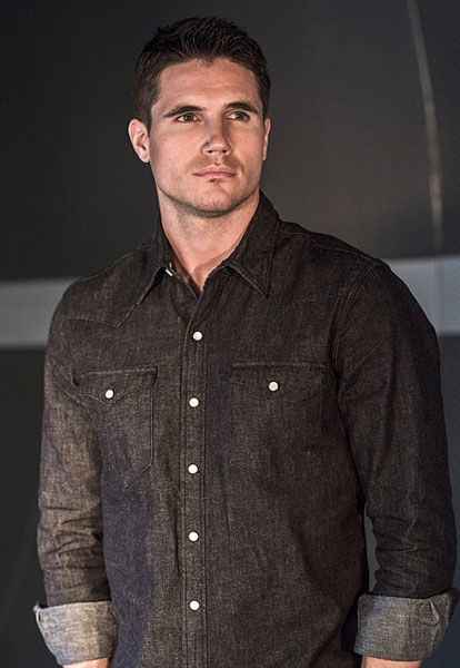the-flash-robbie-amell