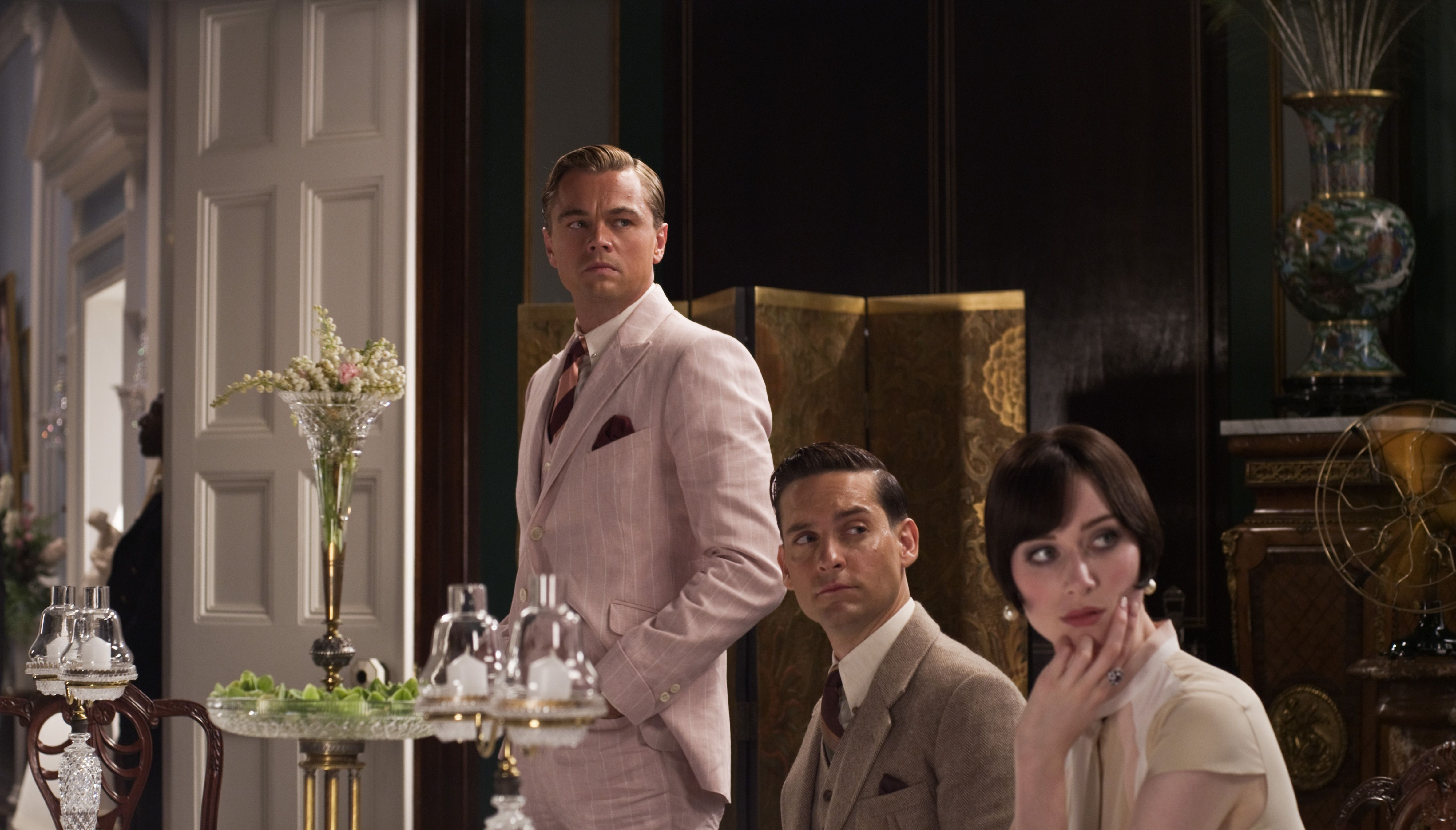 The different views on the american dream by nick carraway and jay gatsby