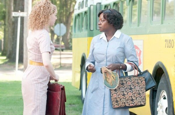 the-help-movie-image-emma-stone-viola-davis-01