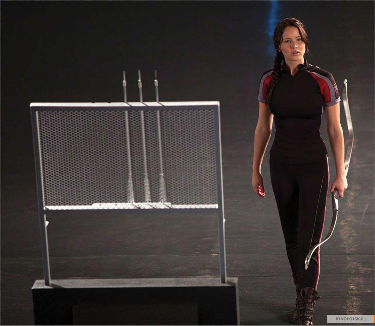 THE HUNGER GAMES Movie Images Featuring Jennifer Lawrence ...