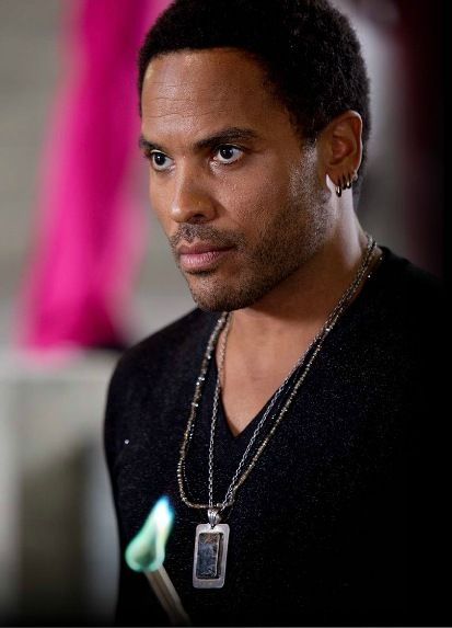 the-hunger-games-lenny-kravitz-cinna