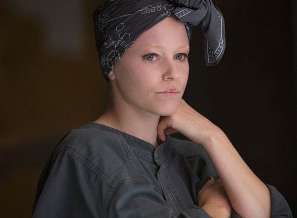 the-hunger-games-mockingjay-part-1-elizabeth-banks