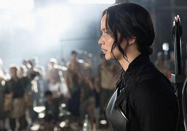 the-hunger-games-mockingjay-part-1-jennifer-lawrence-1