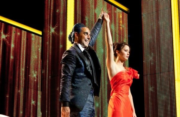 stanley-tucci-jennifer-lawrence-the-hunger-games