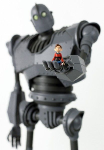 the-iron-giant-mondo-figure-5