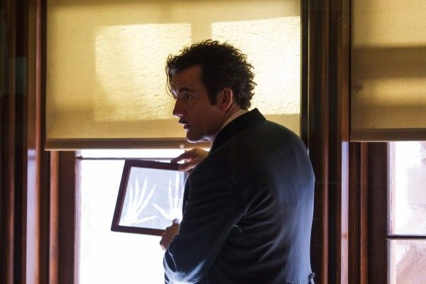 the-knick-episode-4-clive-owen