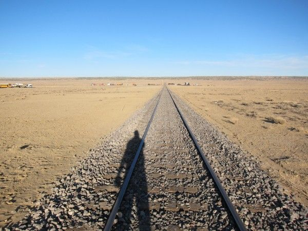 the-lone-ranger-movie-train-tracks