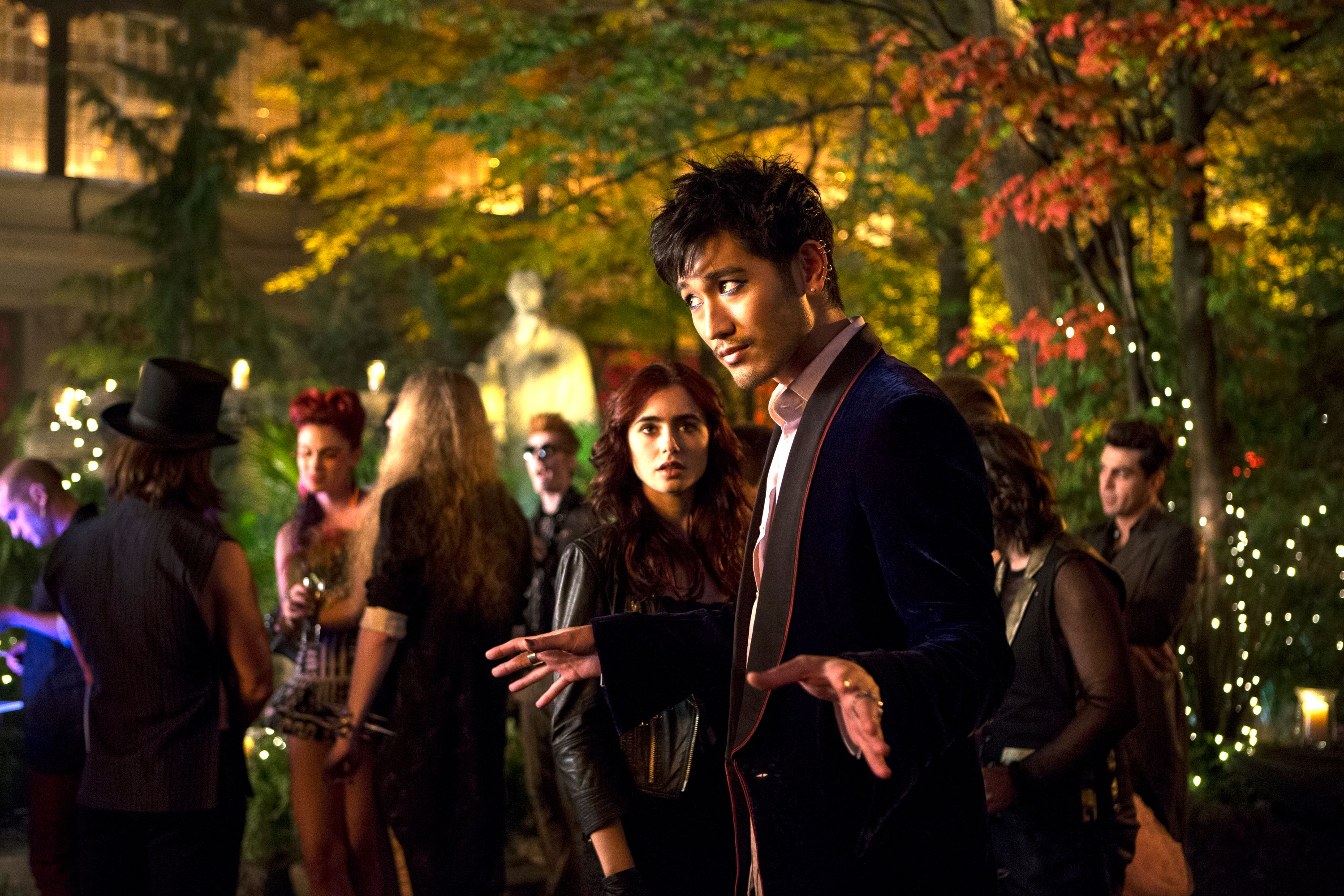 THE MORTAL INSTRUMENTS: CITY OF BONES Images Featuring ...