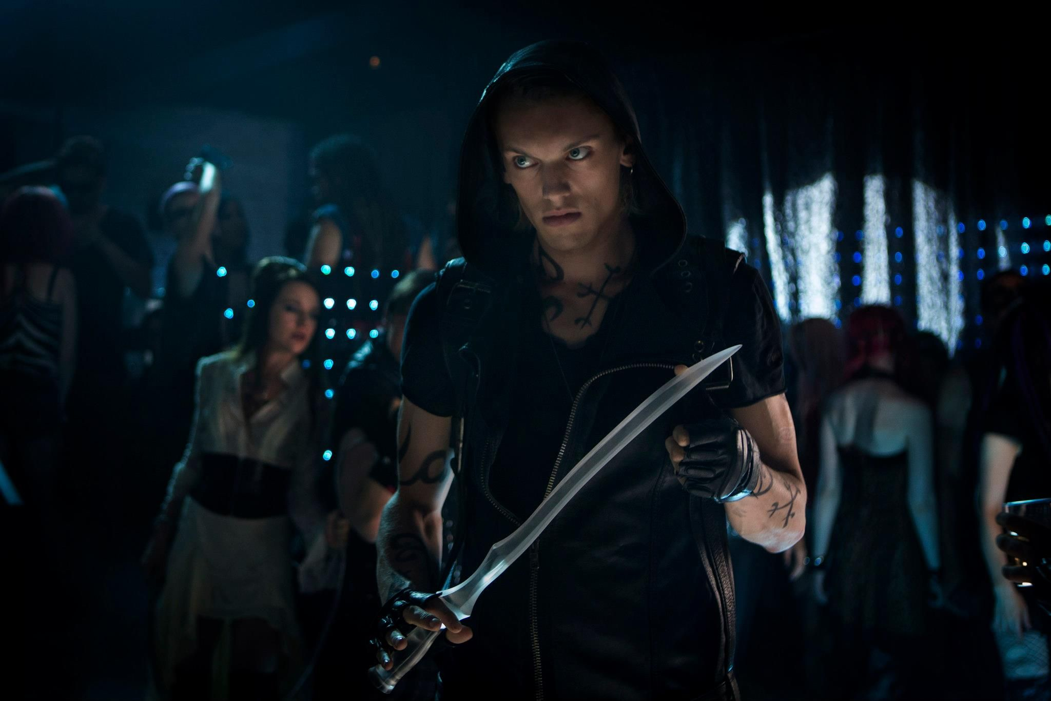 Jamie Campbell Bower Talks THE MORTAL INSTRUMENTS: CITY OF ...