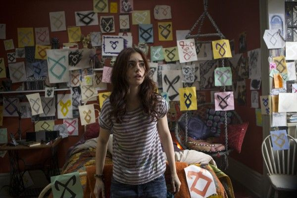 the-mortal-instruments-city-of-bones-lily-collins-3
