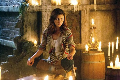 the-originals-phoebe-tonkin-2