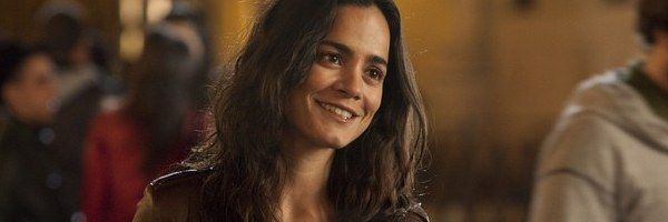 the-rite-image-alice-braga-slice