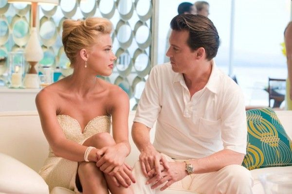 the-rum-diary-movie-image-johnny-depp-amber-heard-01