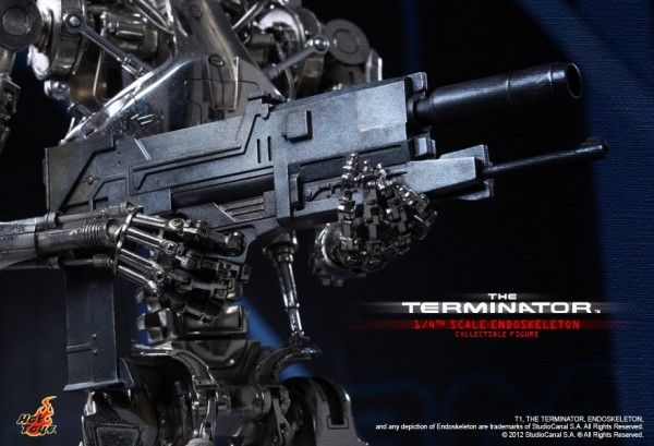 the-terminator-collectible-hot-toys