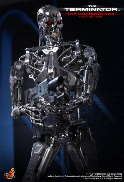 the-terminator-endoskeleton-hot-toys