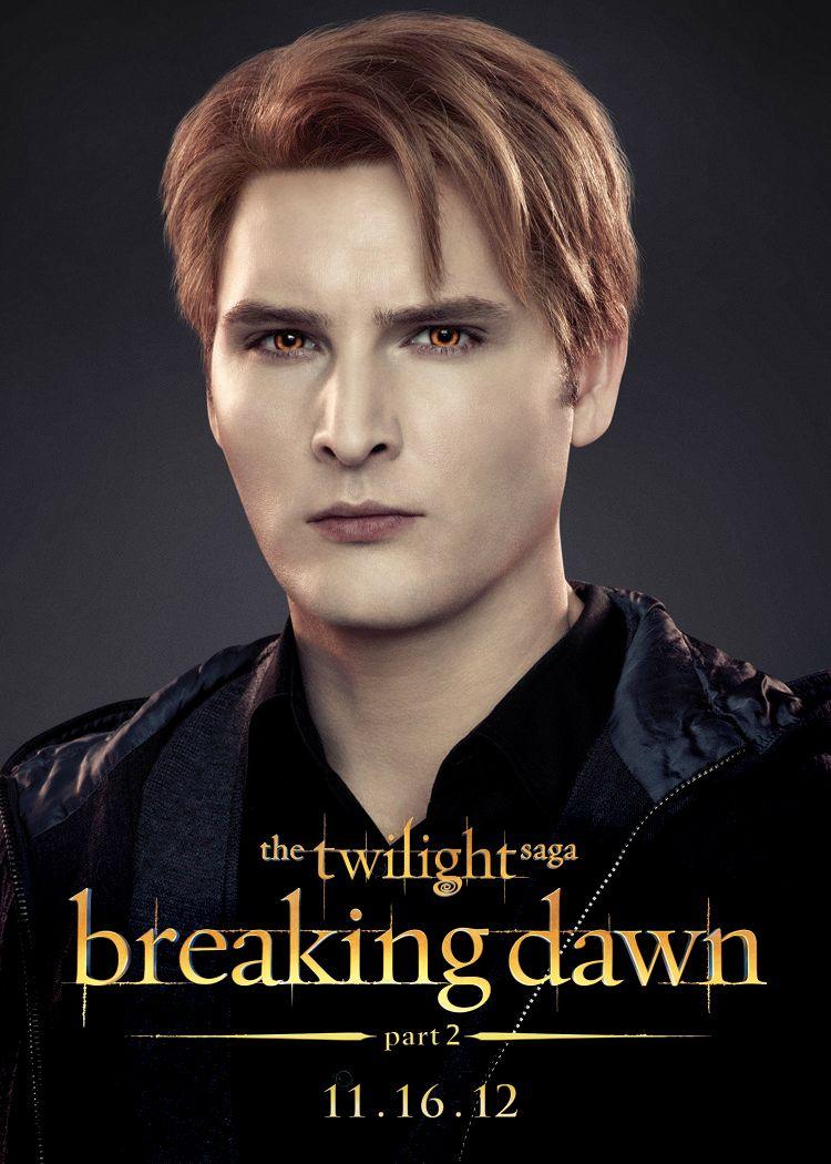 THE TWILIGHT SAGA: BREAKING DAWN - PART 2 Images Reveal Vampire ...