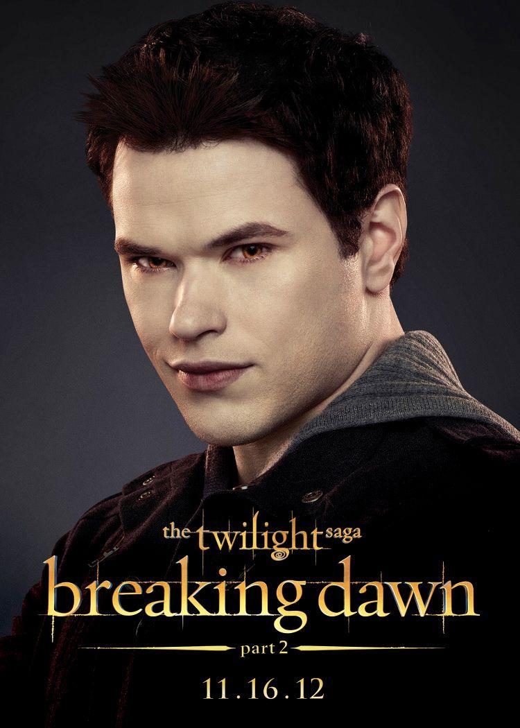the twilight saga breaking dawn part 2 images reveal vampire