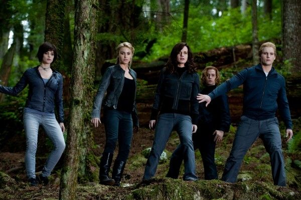 The Twilight Saga Eclipse movie image the Cullen family