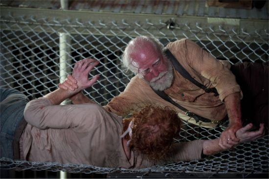 the-walking-dead-scott-wilson-internment