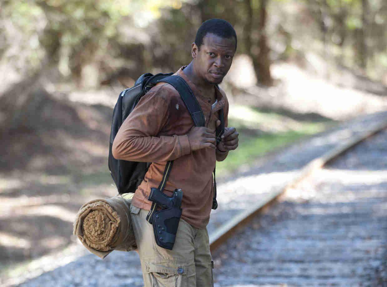"""THE WALKING DEAD Season 4 Episode 13 Recap: """"Alone"""""""