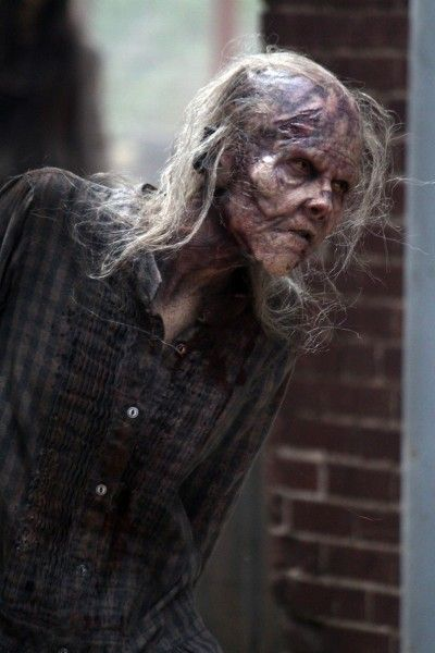 the-walking-dead-season-5-walker-image