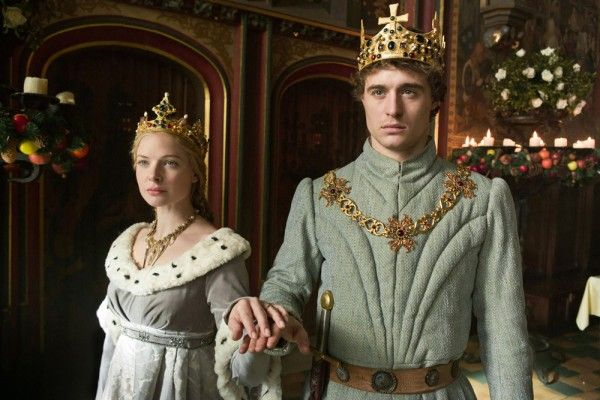 the-white-queen-max-irons-rebecca-ferguson