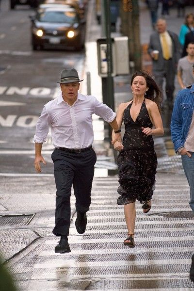 the_adjustment_bureau MATT DAMON and EMILY BLUNT