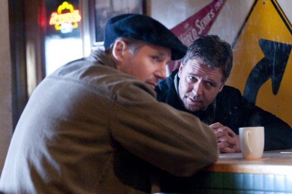 the_next_three_days_movie_image_russell_crowe_liam_neeson_01