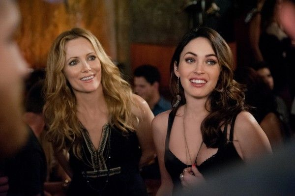 this-is-40-leslie-mann-megan-fox