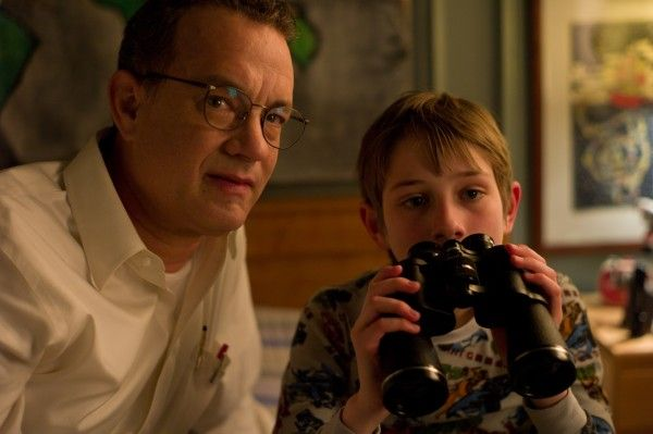 thomas-horn-tom-hanks-extremely-loud-and-incredibly-close-image
