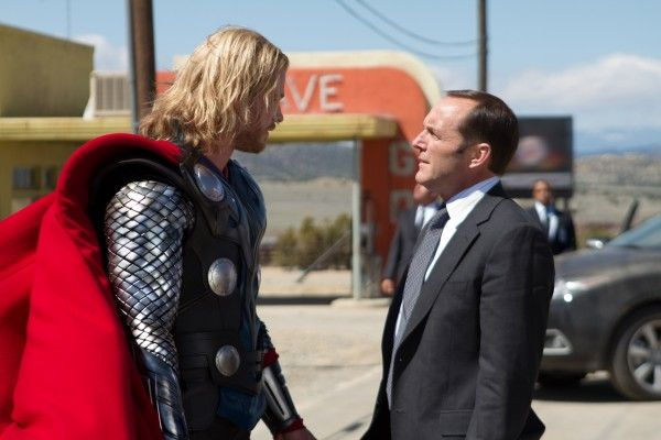 thor-movie-image-chris-hemsworth-clark-gregg-02