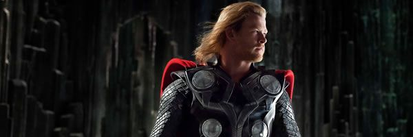 thor-movie-image-chris-hemsworth-slice-02