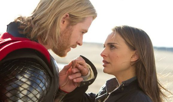 thor-2-the-dark-world-natalie-portman-chris-hemsworth