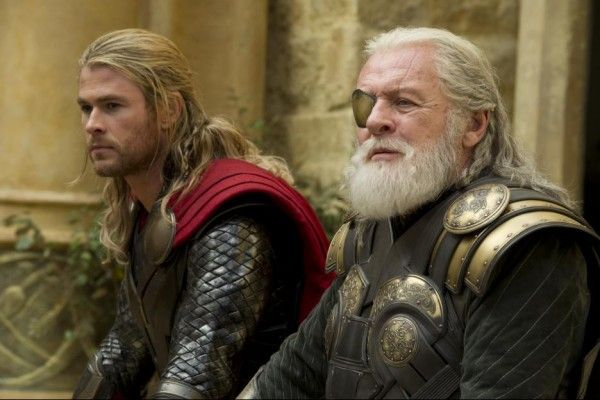 thor-the-dark-world-anthony-hopkins-chris-hemsworth