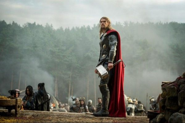 thor-the-dark-world-chris-hemsworth-3