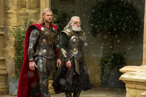 thor-the-dark-world-chris-hemsworth-anthony-hopkins